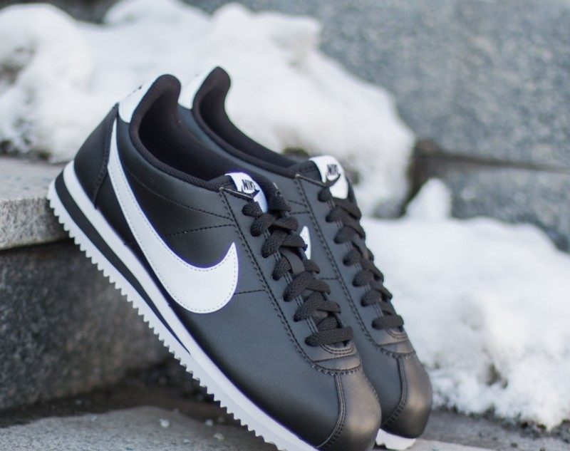 Nike Wmns Classic Cortez Leather Black/ White-White