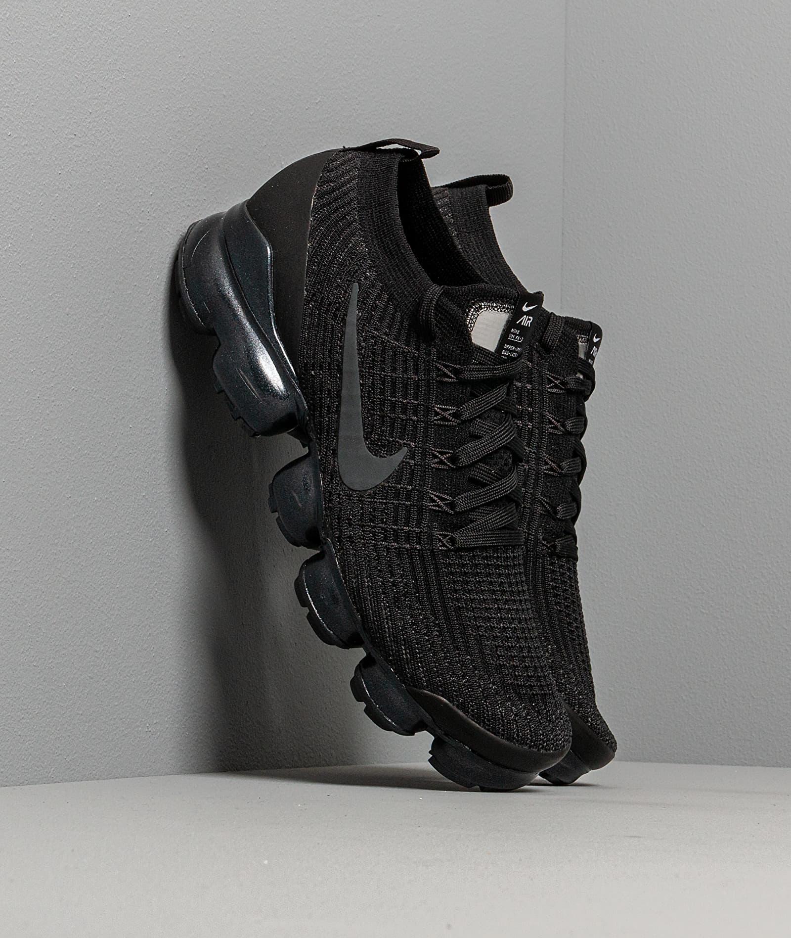 Nike Air Vapormax Flyknit 3 Black/ Anthracite-White-Metallic Silver AJ6900-004