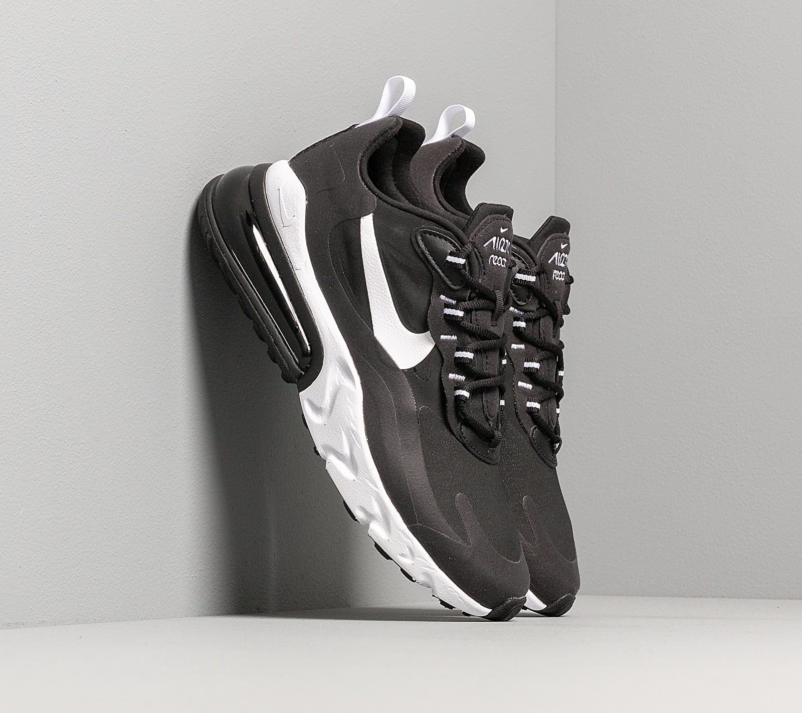 Nike Air Max 270 React Black/ White-Black CI3866-004