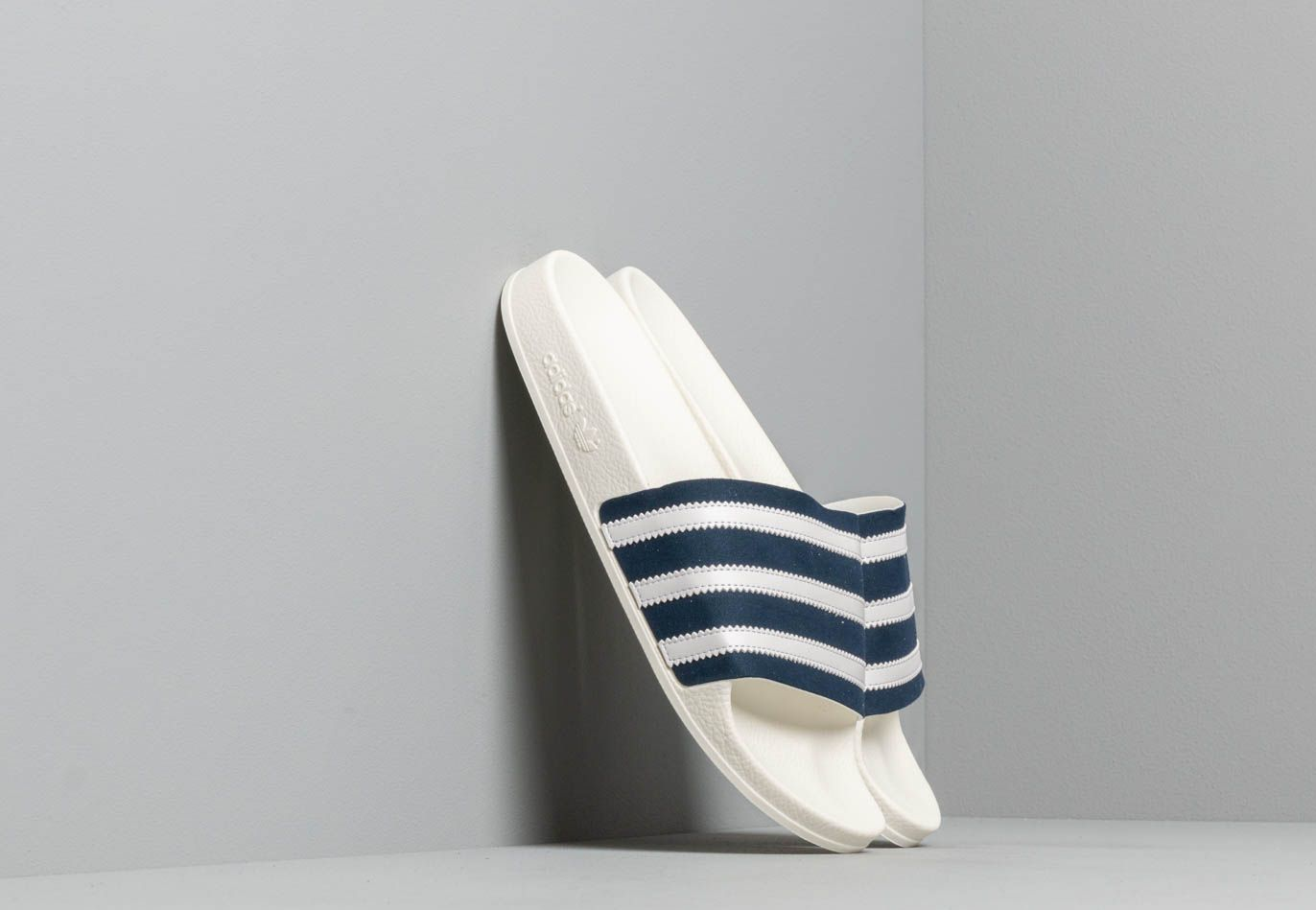 adidas Adilette Collegiate Navy/ Ftw White/ Off White CG6436