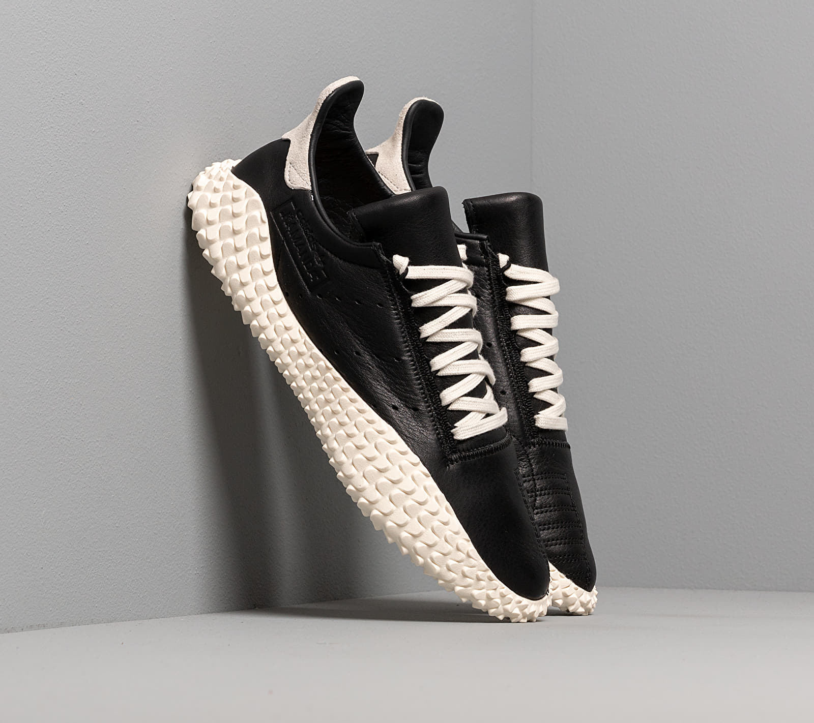 adidas Kamanda Core Black/ Off White/ Blue EE5650