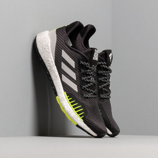 adidas PulseBOOST HD WINTER Core Black/ Grey Two/ Semi Yellow EF8904