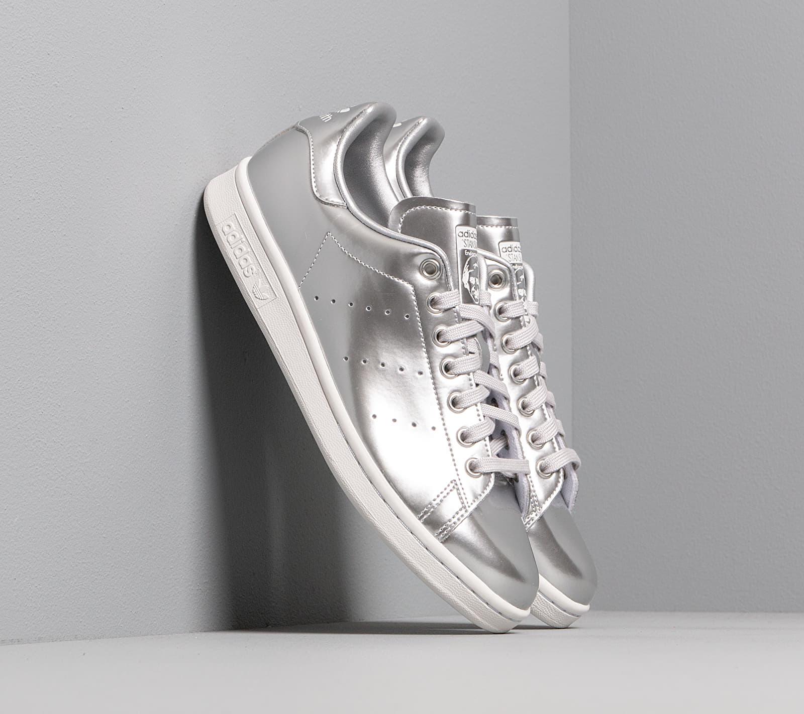 adidas Stan Smith Silver Metalic/ Silver Metalic/ Crystal White FV4300