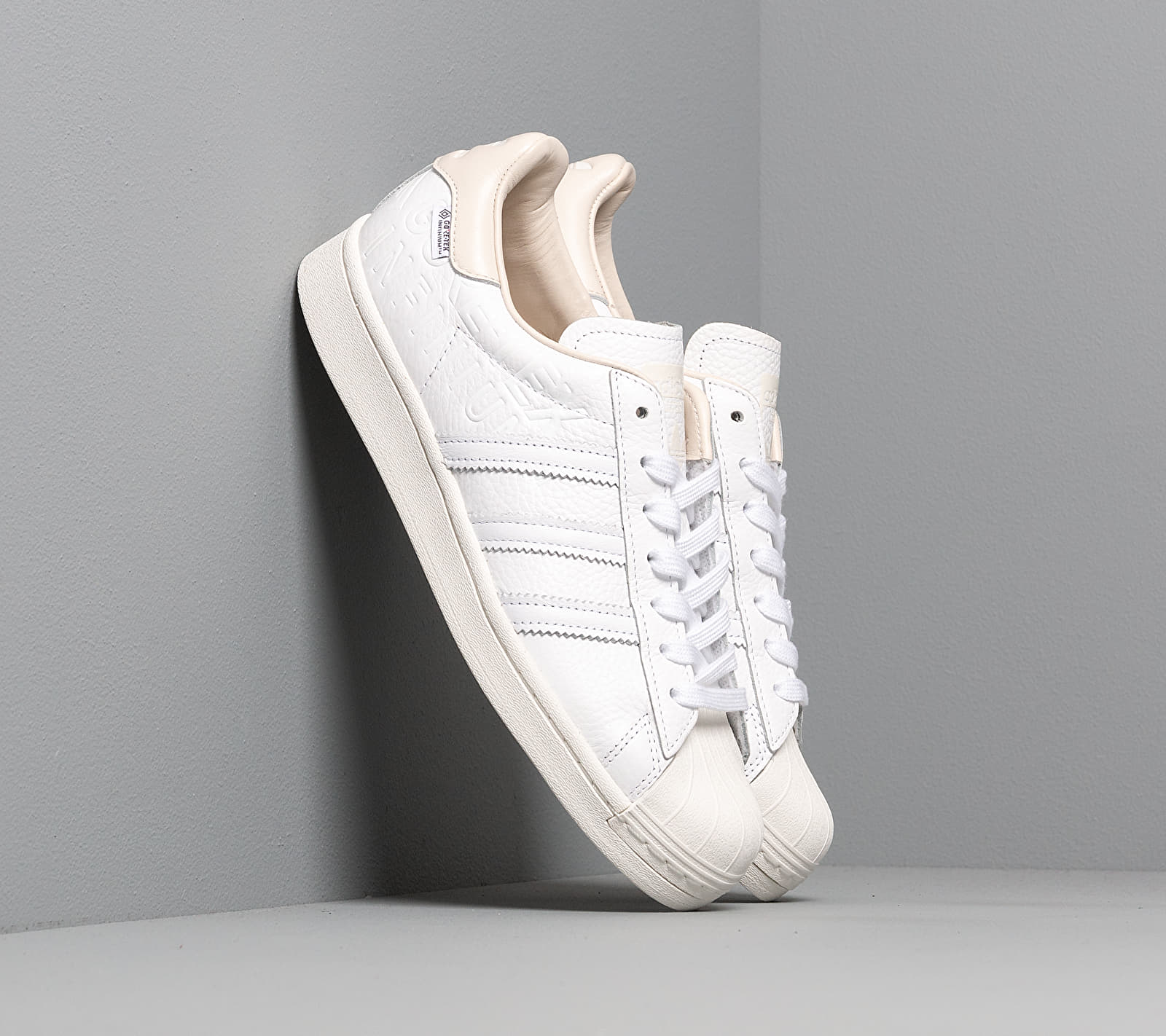 adidas Superstar Gore-Tex Ftw White/ Off White/ Chalk White FU8932