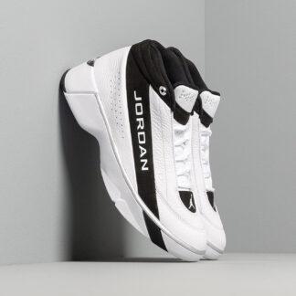 Jordan Team Showcase White/ White-Black-Metallic Silver CD4150-100