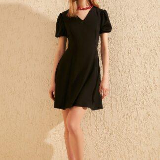 Trendyol černé letní šaty