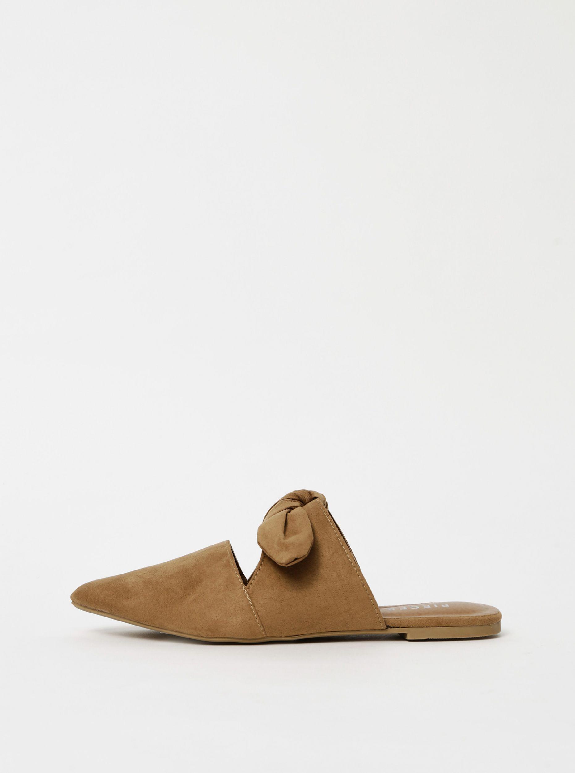 Pieces hnědé semišové pantofle Naya
