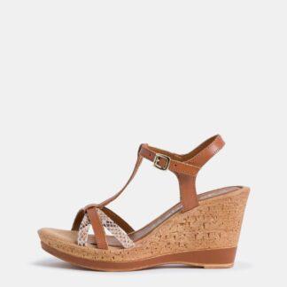 Tamaris hnědé boty na klínku