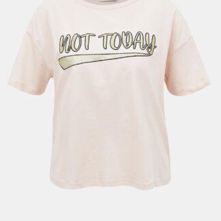 Světle růžové krátké tričko s potiskem Jacqueline de Yong Fang