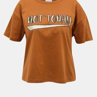 Hnědé krátké tričko s potiskem Jacqueline de Yong Fang