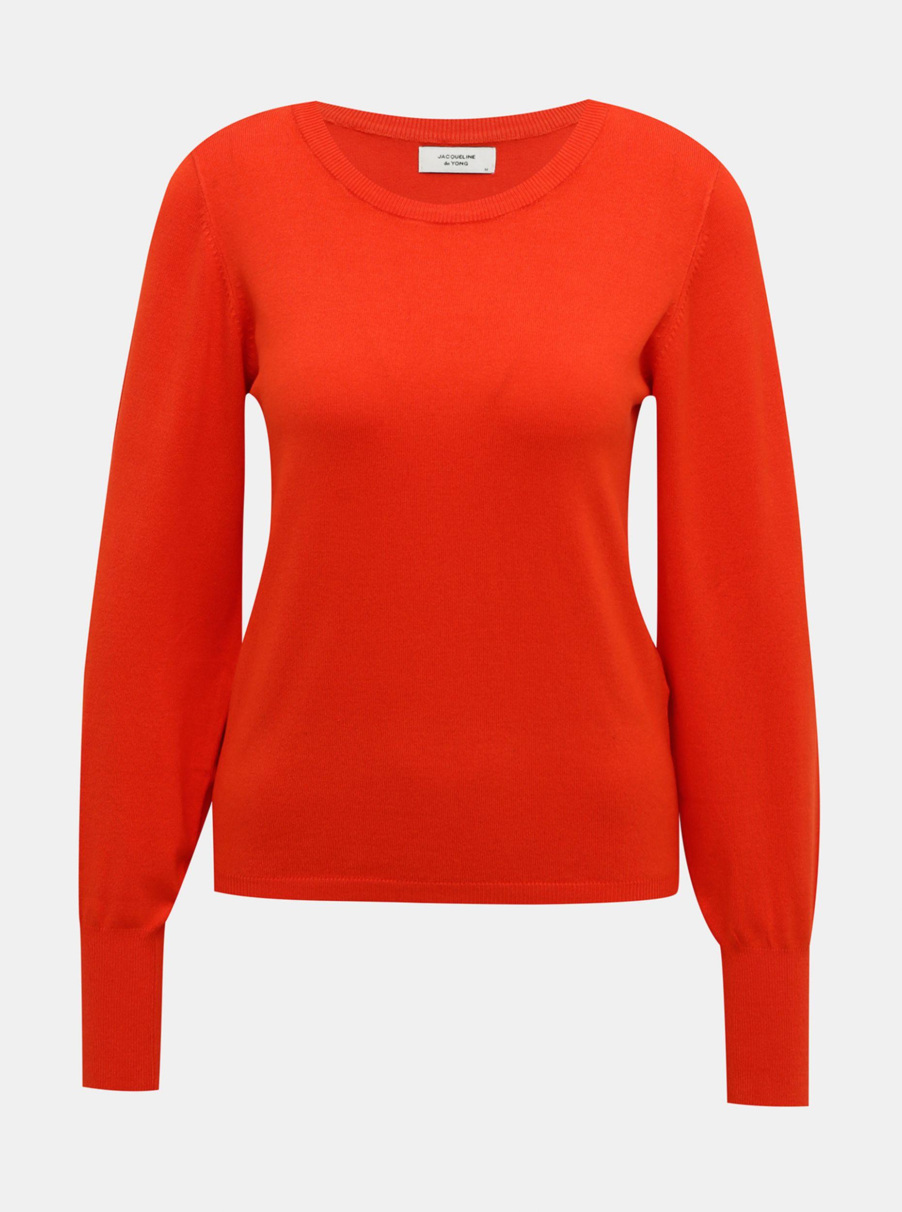 Červený svetr Jacqueline de Yong