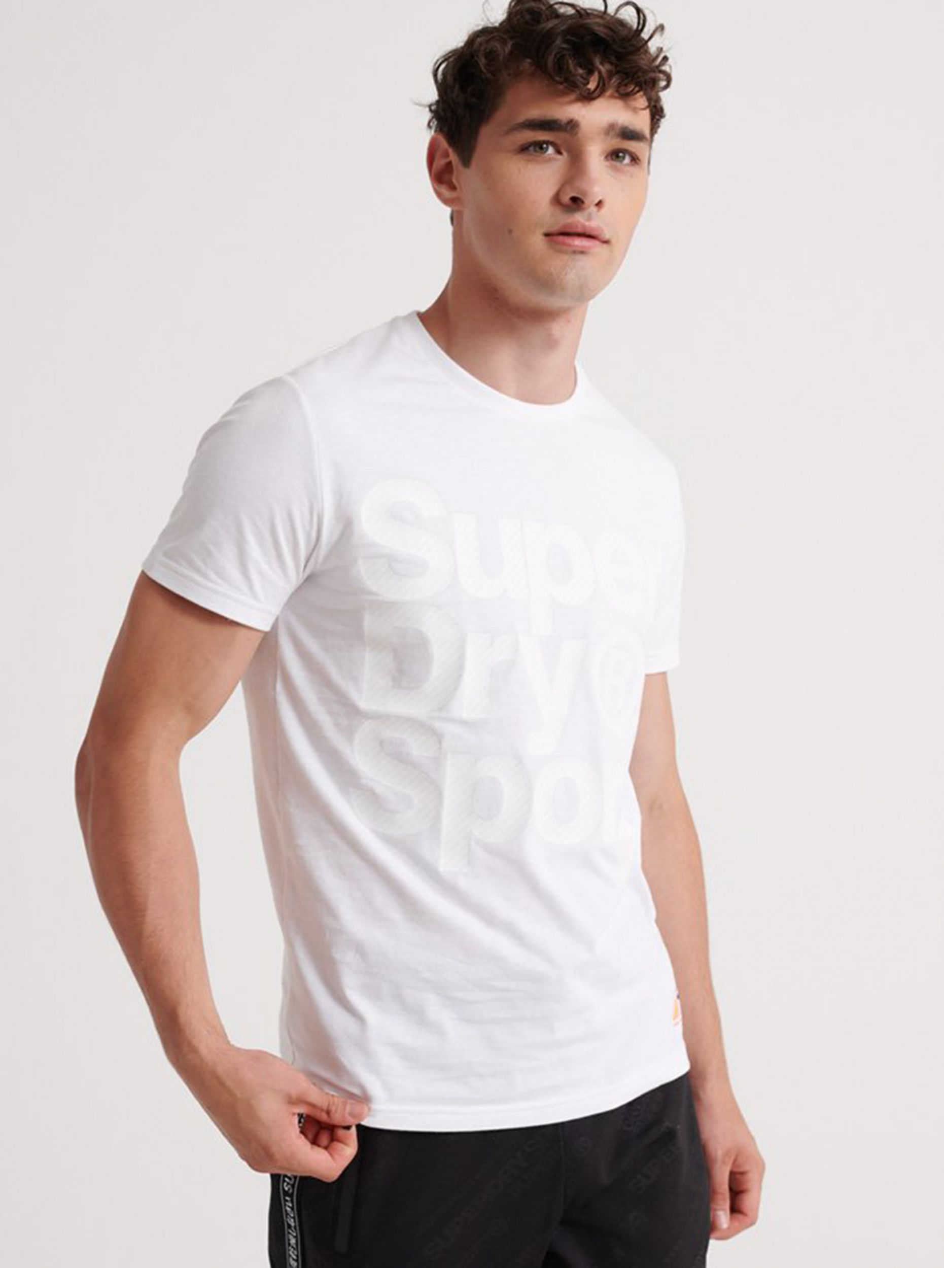 Bílé pánské tričko s potiskem Superdry