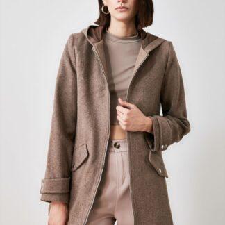 Trendyol hnědý kabát s kapucí