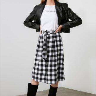 Trendyol bílo-černá dámská sukně ke kolenům