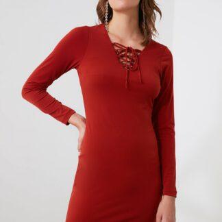 Trendyol červené pouzdrové šaty