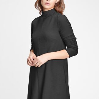 GAP černé šaty