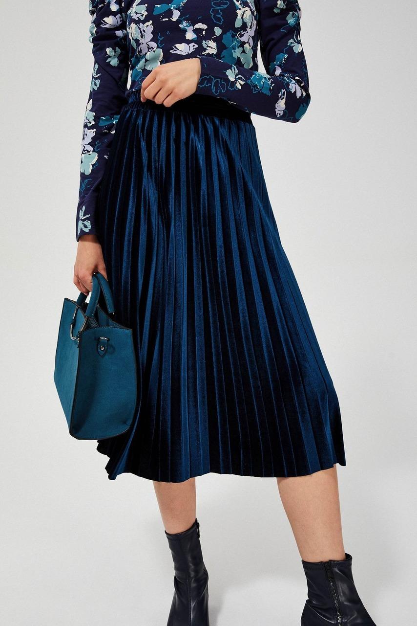Moodo modrá sametová sukně pod kolena