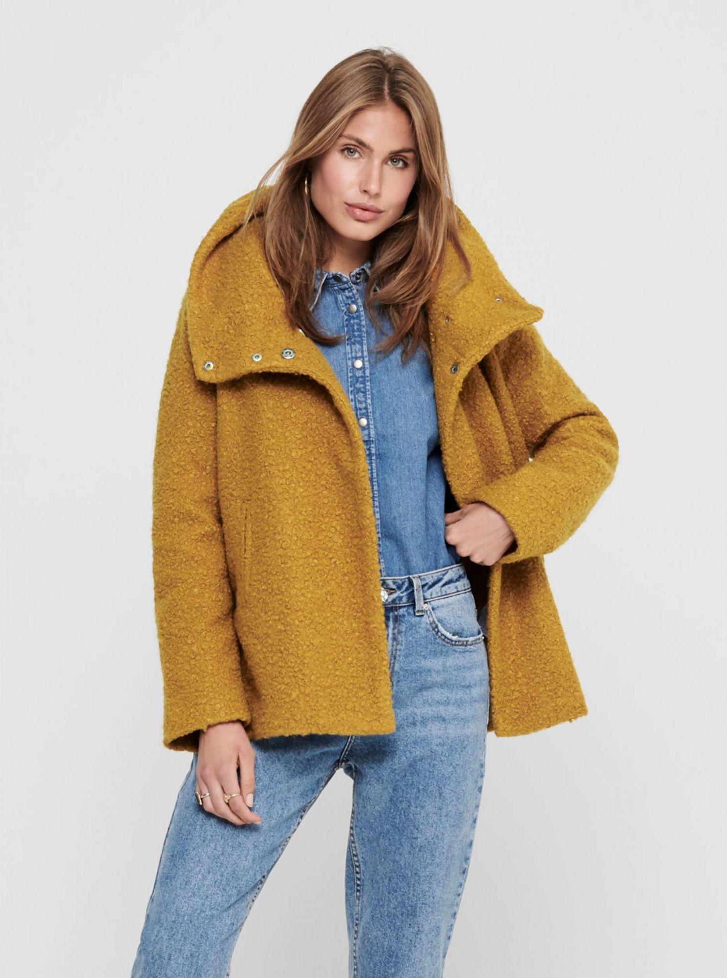 Hořčicový krátký kabát Jacqueline de Yong Sonya