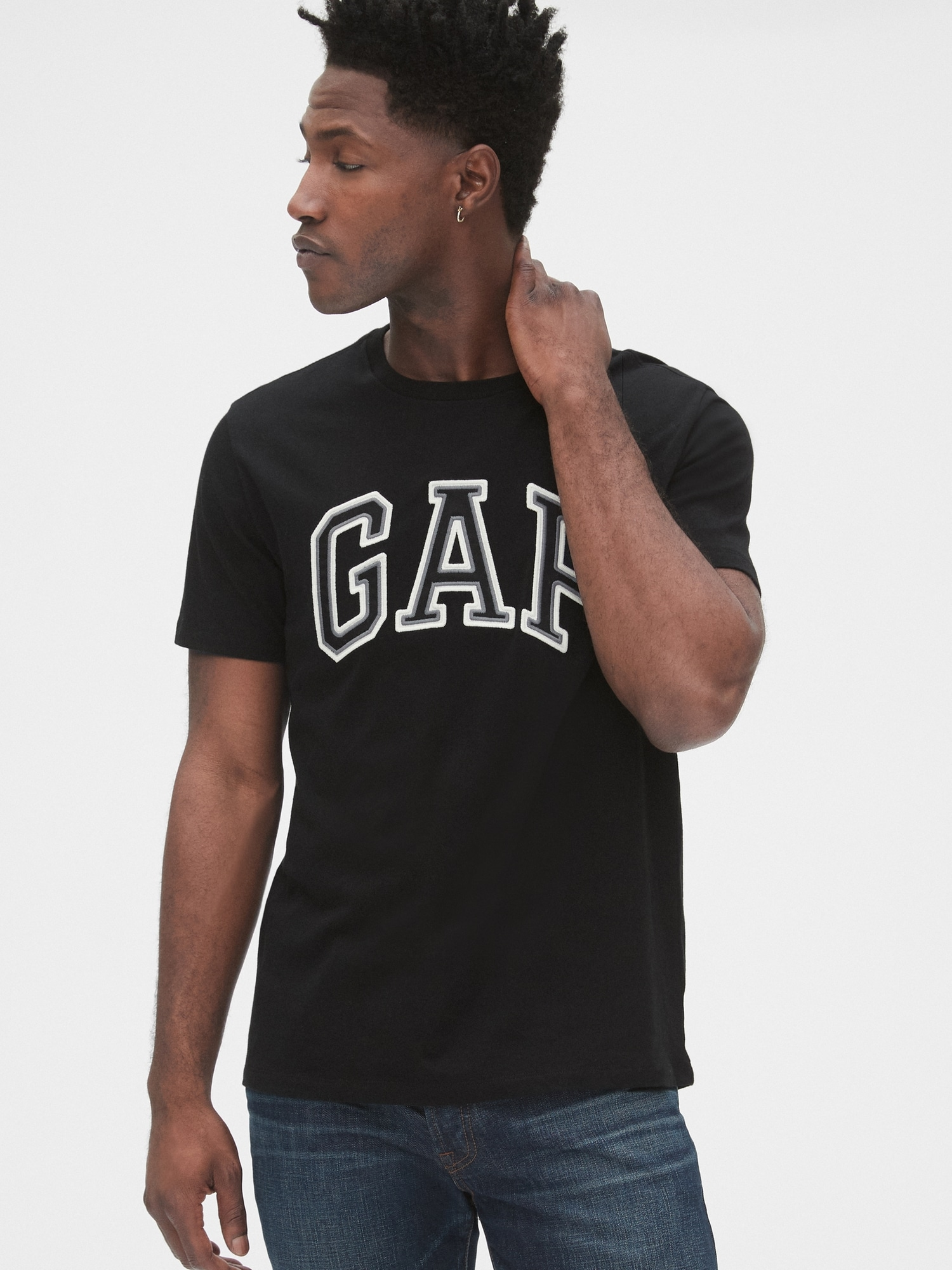 GAP černé pánské tričko s logem