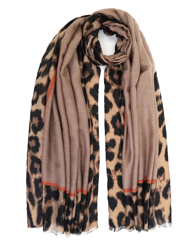 Doca hnědý šátek s leopardím motivem