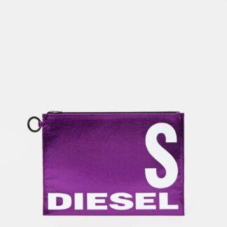 Fialové lesklé psaníčko s nápisem Diesel